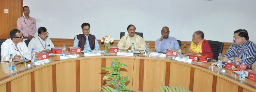 Dr. Mahesh Sharma, Minister of State for Culture and Tourism (I/C) chairing the Meeting of the Organizing Committee for International Buddha Poornima Diwas Celebration-2016 in New Delhi on 06.05.2016. Shri Kiren Rijiju, Minister of State for Home Affairs and Shri N.K. Sinha, Secretary (Culture) were also present.